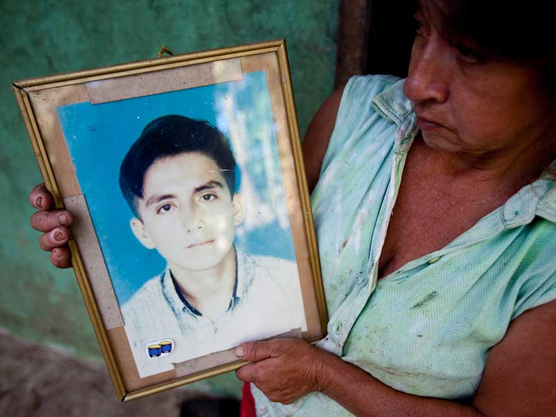 Marta Isabel Arrobo lost her 22-year-old son to severe health problems attributed to living in close proximity to Chevron/Texaco's contamination.